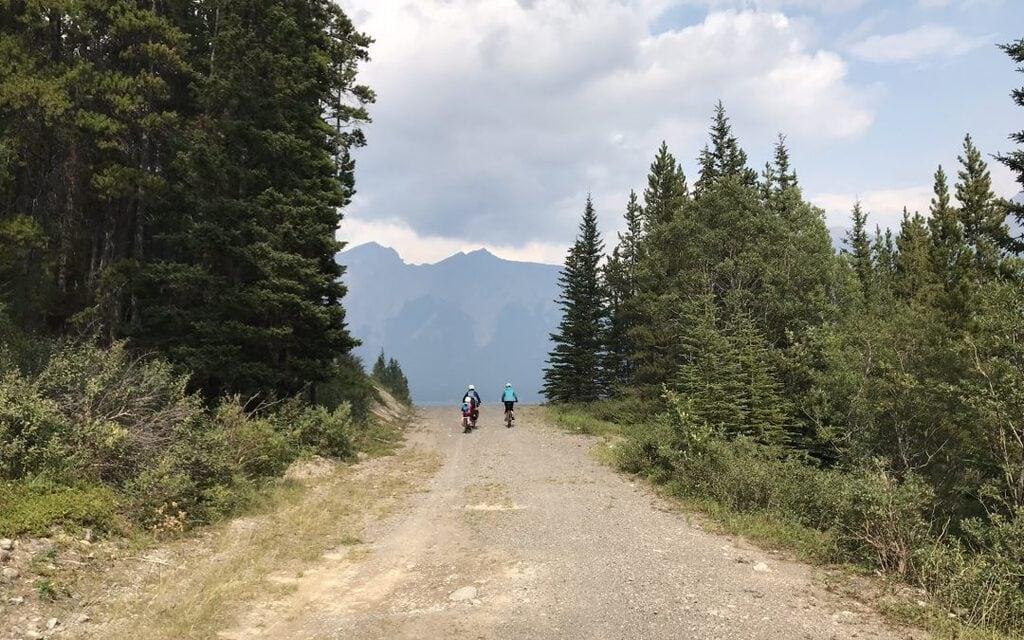 Bikepacking: Spray Lakes Area